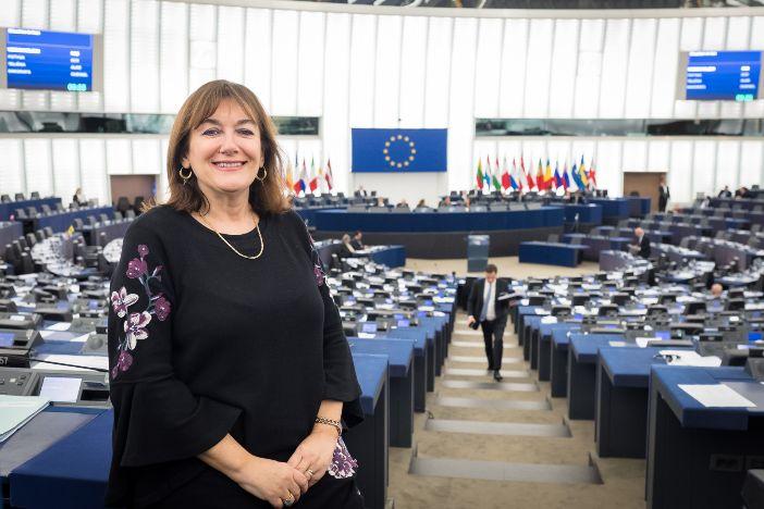 HDZ slavi: Šuica dobila zeleno svjetlo za ulazak u Europsku komisiju