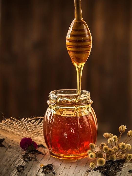 Cimet i med: Kombinacija koja čuva srce, regulira šećer i usporava starenje