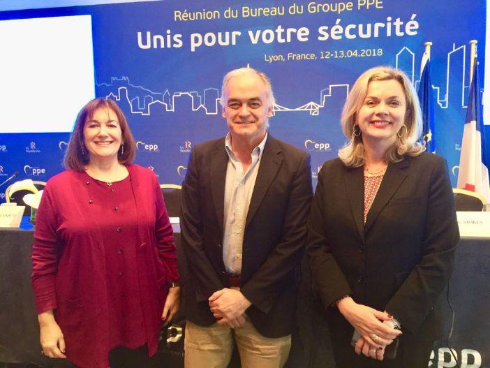 Šuica i Zovko s pučanima u Lyonu: Politikom 3P za sigurnost i protiv radikalizacije