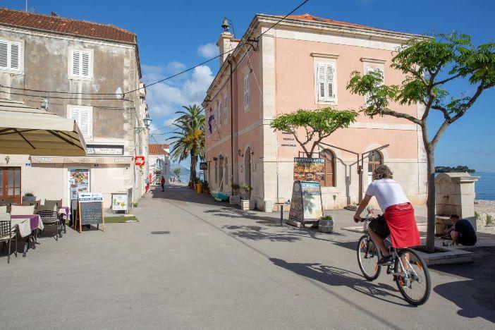Okusi Pelješca počinju u četvrtak na promenadi u Orebiću