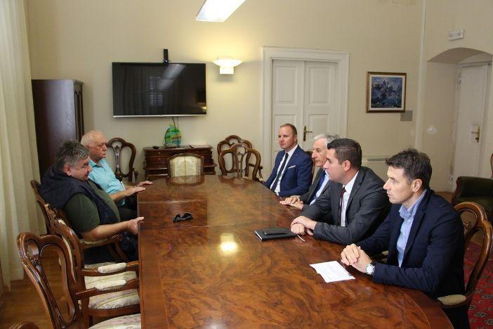 Župan Dobroslavić sastao se predstavnicima DPDS-a na temu obnove valobrana Kaše