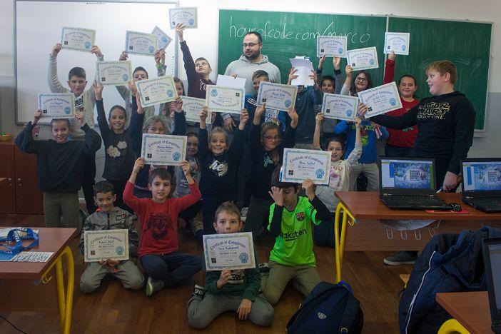 Preko 150 osnovnoškolaca sudjelovalo u Futurinim Hour of Code radionicama