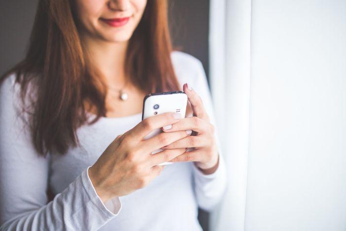 Plavo svjetlo pametnih telefona povezuje se sa sljepoćom i nekim vrstama raka