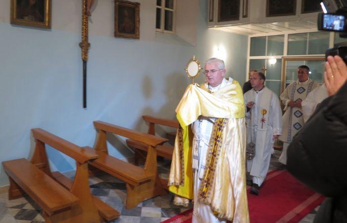 U Dubrovniku započelo Trajno euharistijsko klanjanje!