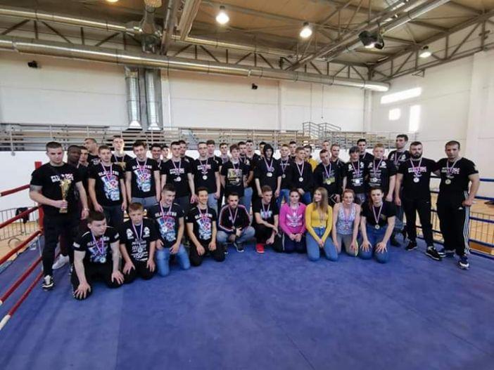 Gladiator osvojio osam medalja na amaterskom MMA turniru