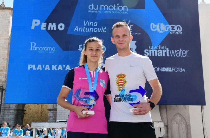 Pobjednici Utrke građana Lukrecija Krstičević i Ivan Bulić